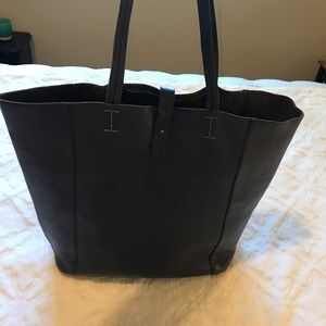 """Lucky Brand """"the point"""" tote navy/ black"""